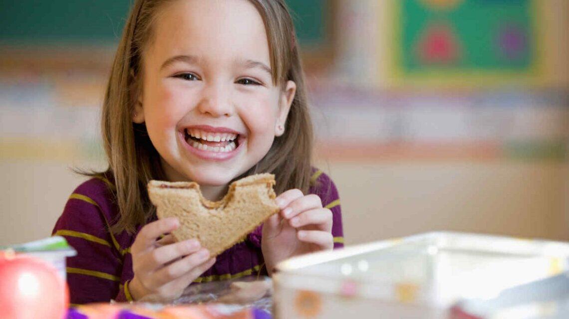 clinica-dental-patricia-clinica-dental-getafe-dentista-getafe-la-alimentacion-de-los-niños.